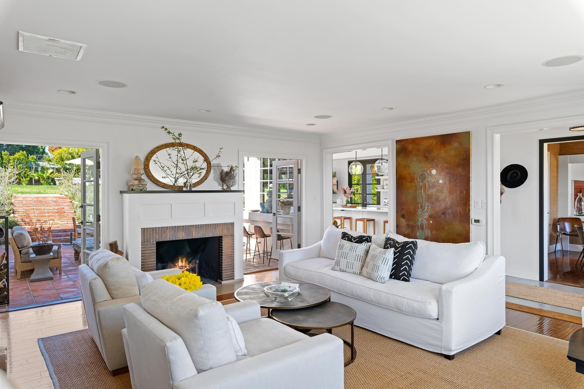 7. Single Family Homes for Sale at Point Dume, Malibu, CA 90265