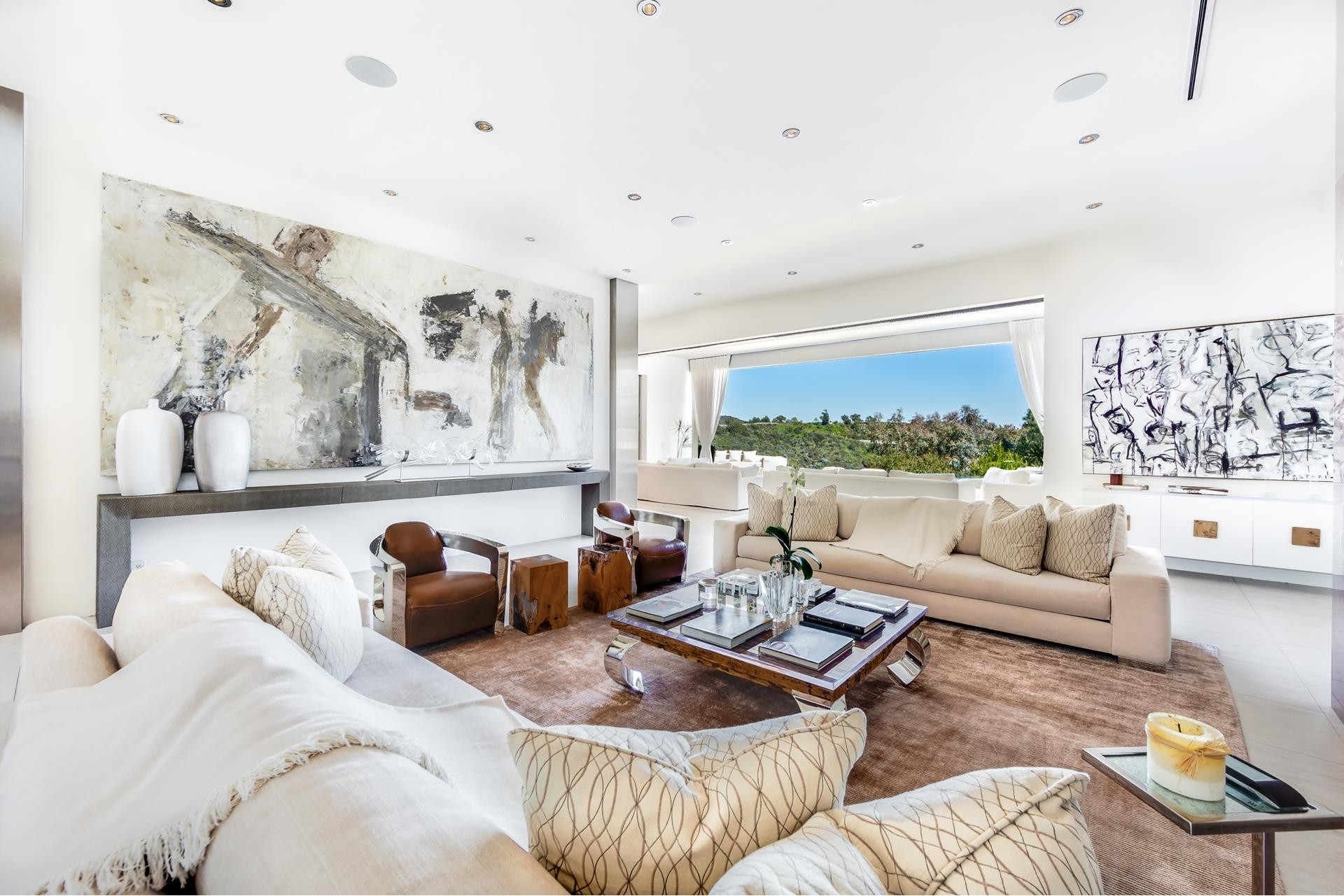 10. Single Family Homes for Sale at Bel Air, Los Angeles, CA 90077