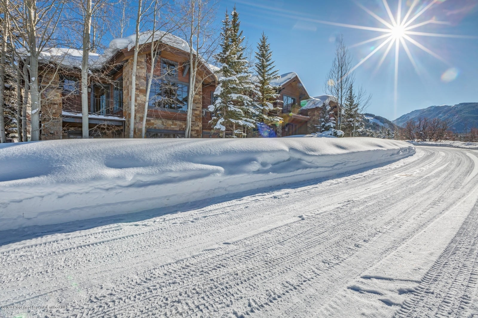 3. Single Family Homes for Sale at Meadowood, Aspen, CO 81611