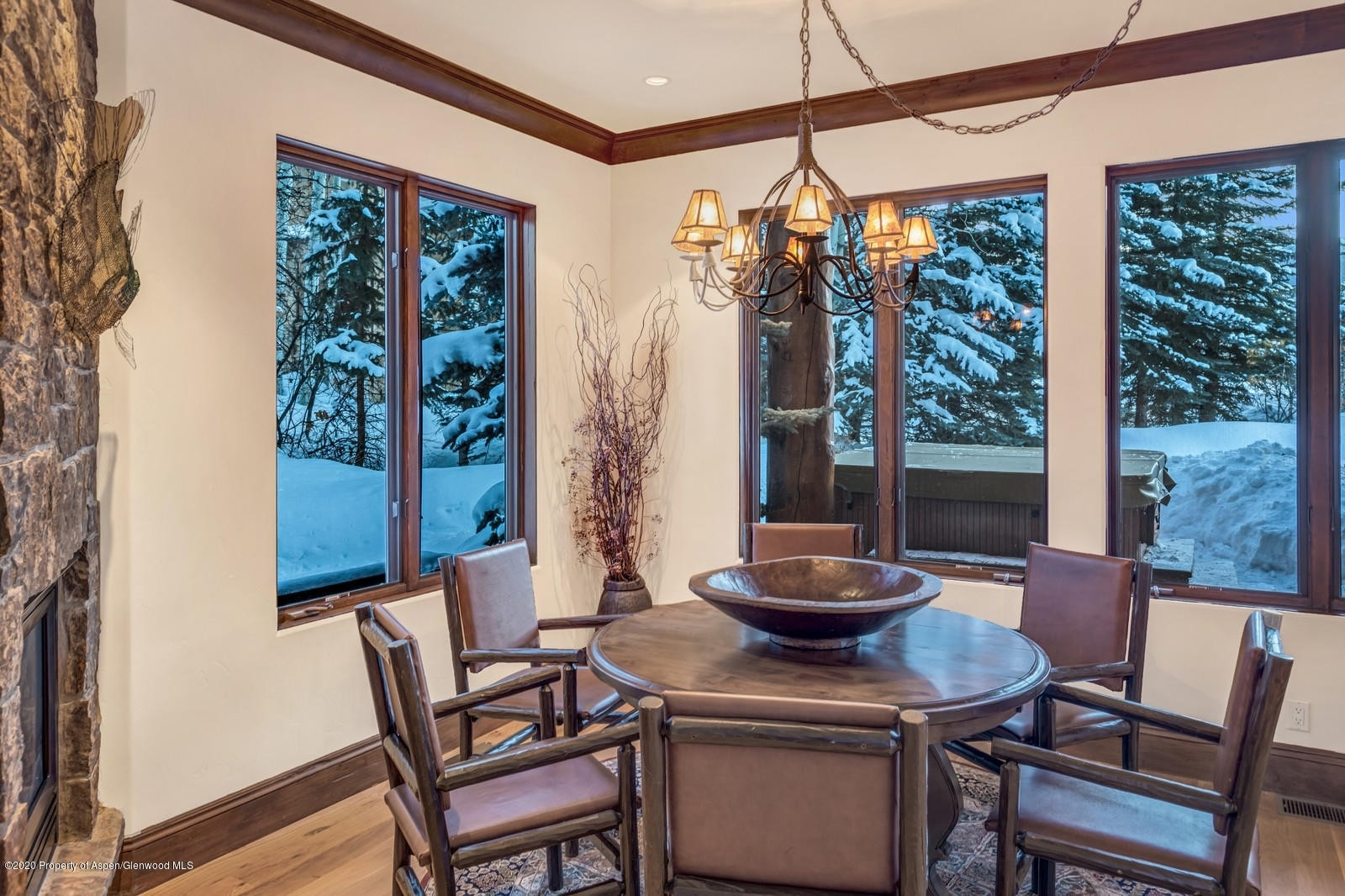 37. Single Family Homes for Sale at Meadowood, Aspen, CO 81611
