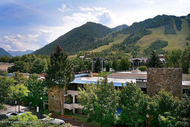 Condominium for Sale at 301 E Hyman Avenue, #207 (Wks Aspen Historic District, Aspen, CO 81611