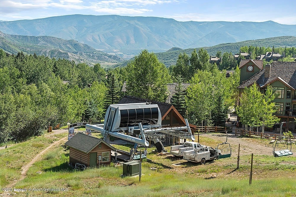 3. Condominiums for Sale at 130 Wood Road, 241 Snowmass Village, CO 81615