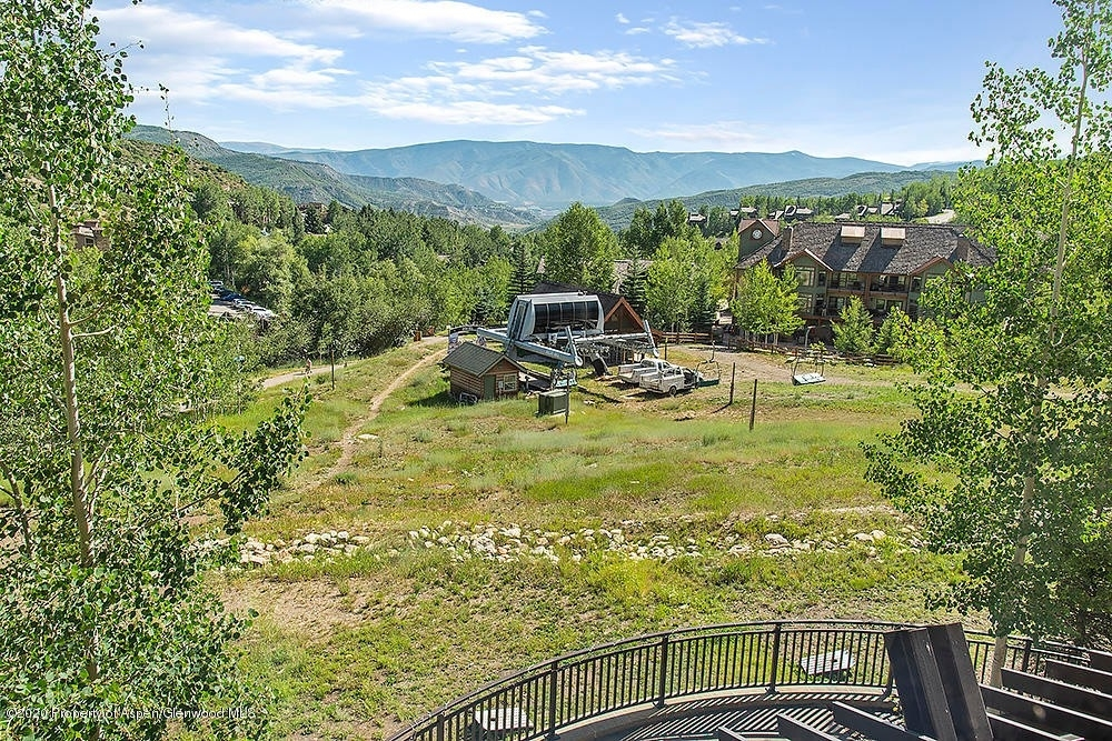 4. Condominiums for Sale at 130 Wood Road, 241 Snowmass Village, CO 81615
