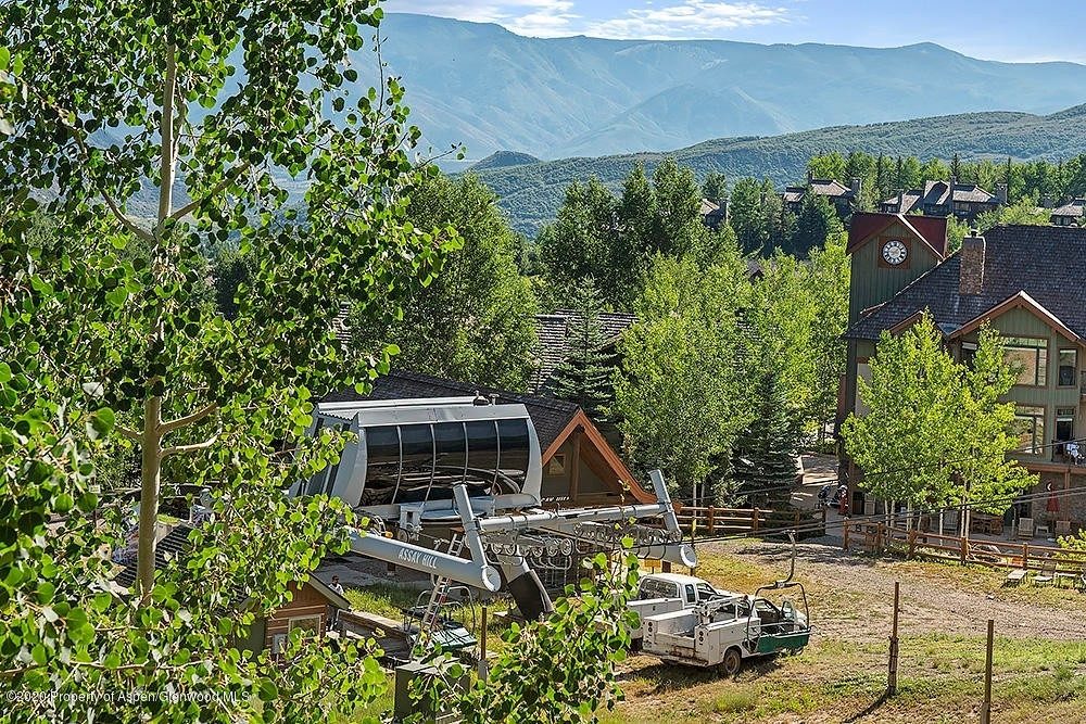 5. Condominiums for Sale at 130 Wood Road, 241 Snowmass Village, CO 81615