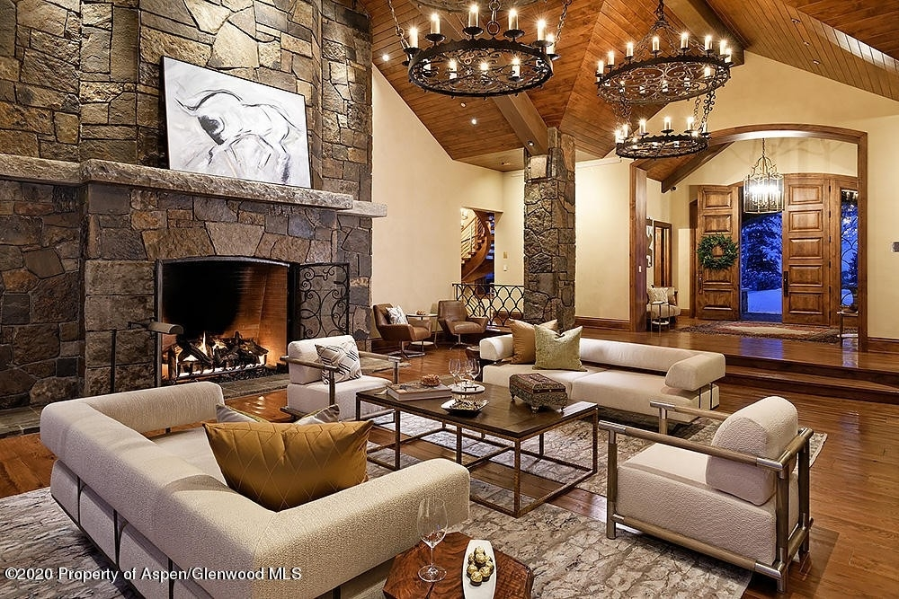 20. Single Family Homes for Sale at Aspen, CO 81611