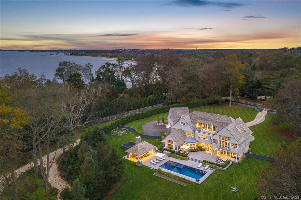 Single Family Home for Sale at Greens Farms, Westport, CT 06880