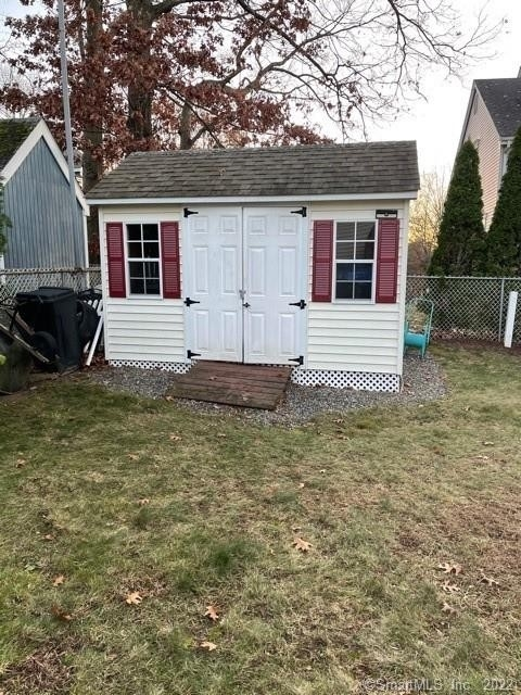 38. Multi Family Townhouse for Sale at Brooklyn, Waterbury, CT 06708