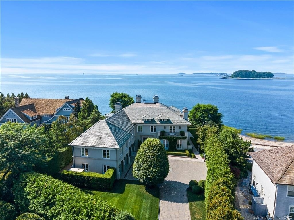Single Family Home for Sale at Saugatuck, Westport, CT 06880