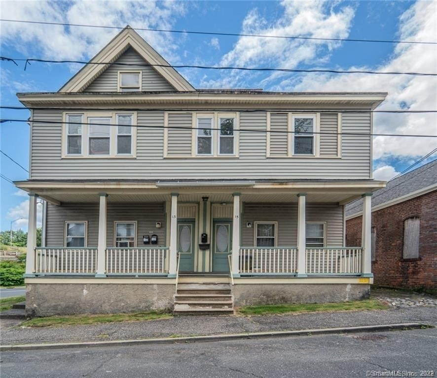 3. Multi Family Townhouse for Sale at Brooklyn, Waterbury, CT 06708