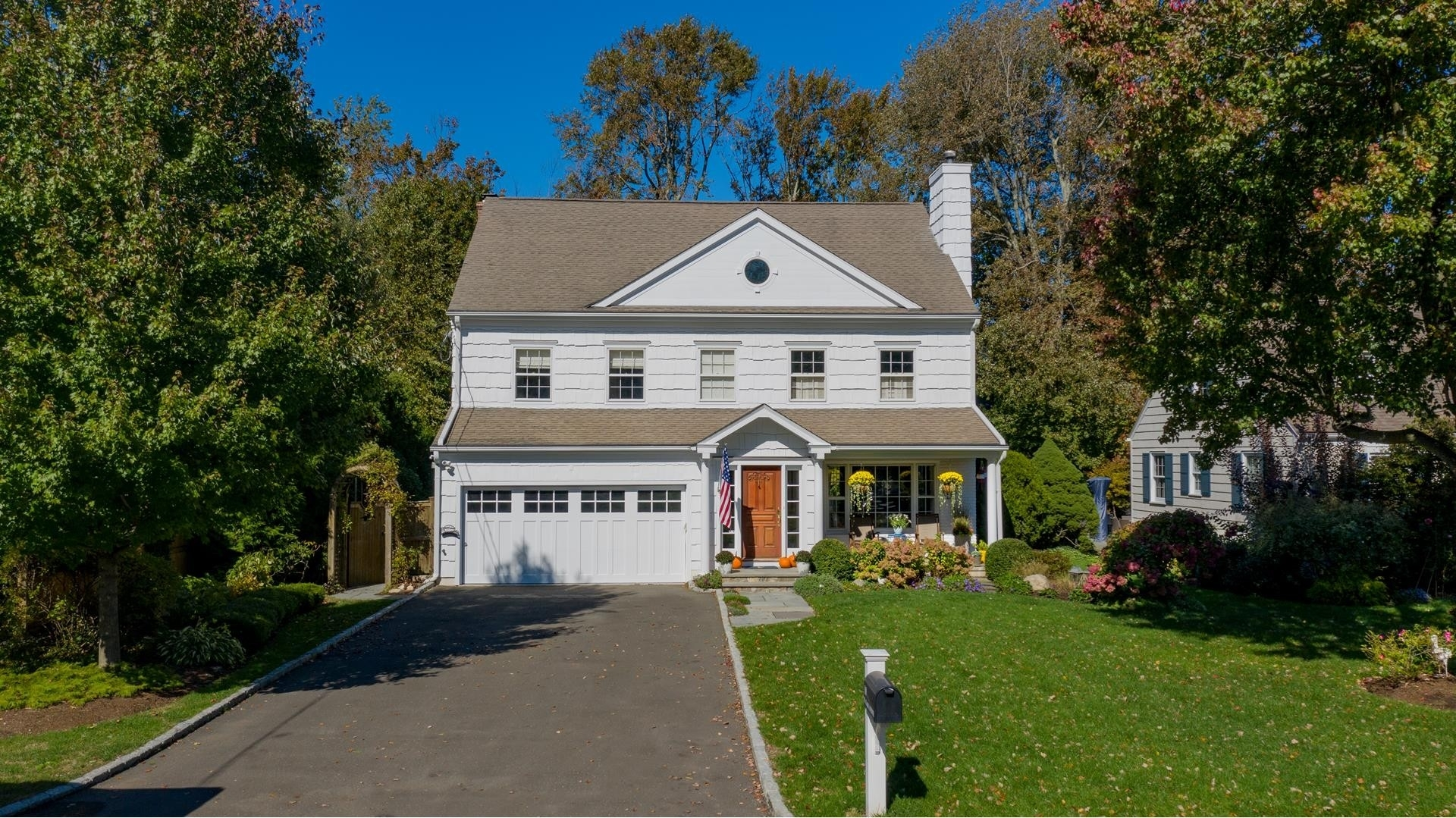Property 在 Old Greenwich, CT 06870