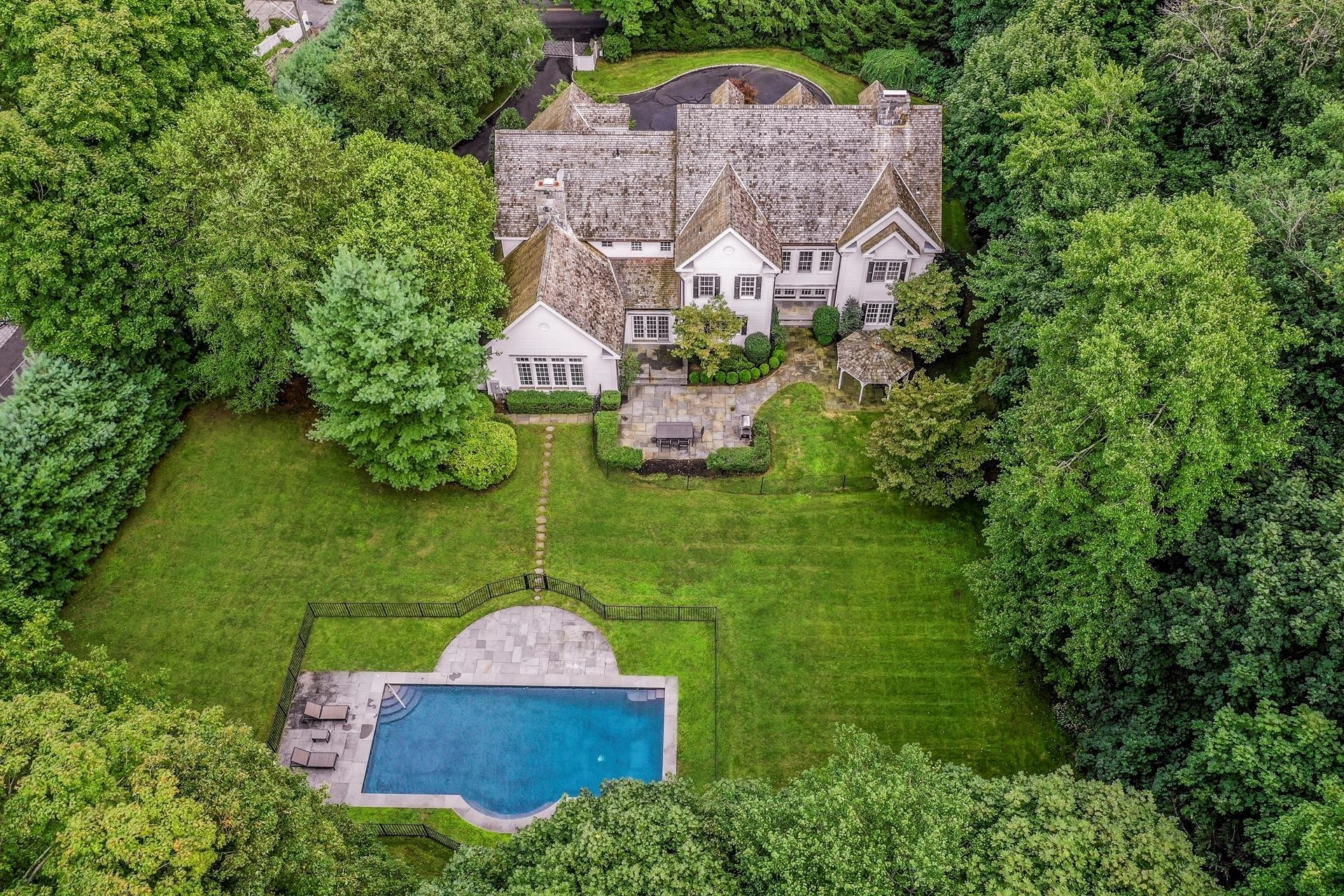 Single Family Home for Sale at Central Greenwich, Greenwich, CT 06830
