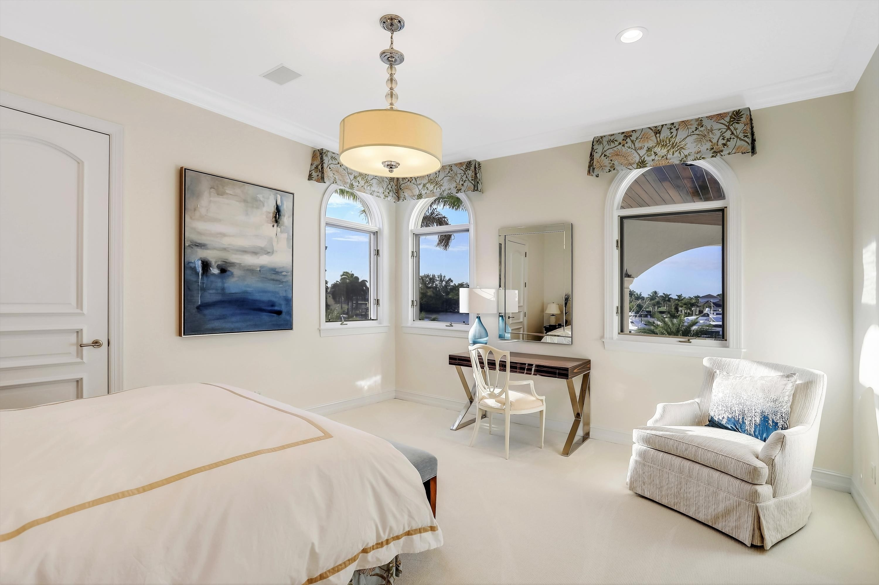 40. Single Family Homes for Sale at Royal Palm Yacht And Country Club, Boca Raton, FL 33432