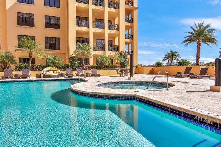 5. Condominiums at 200 E Palmetto Park Road, 712 Boca Raton
