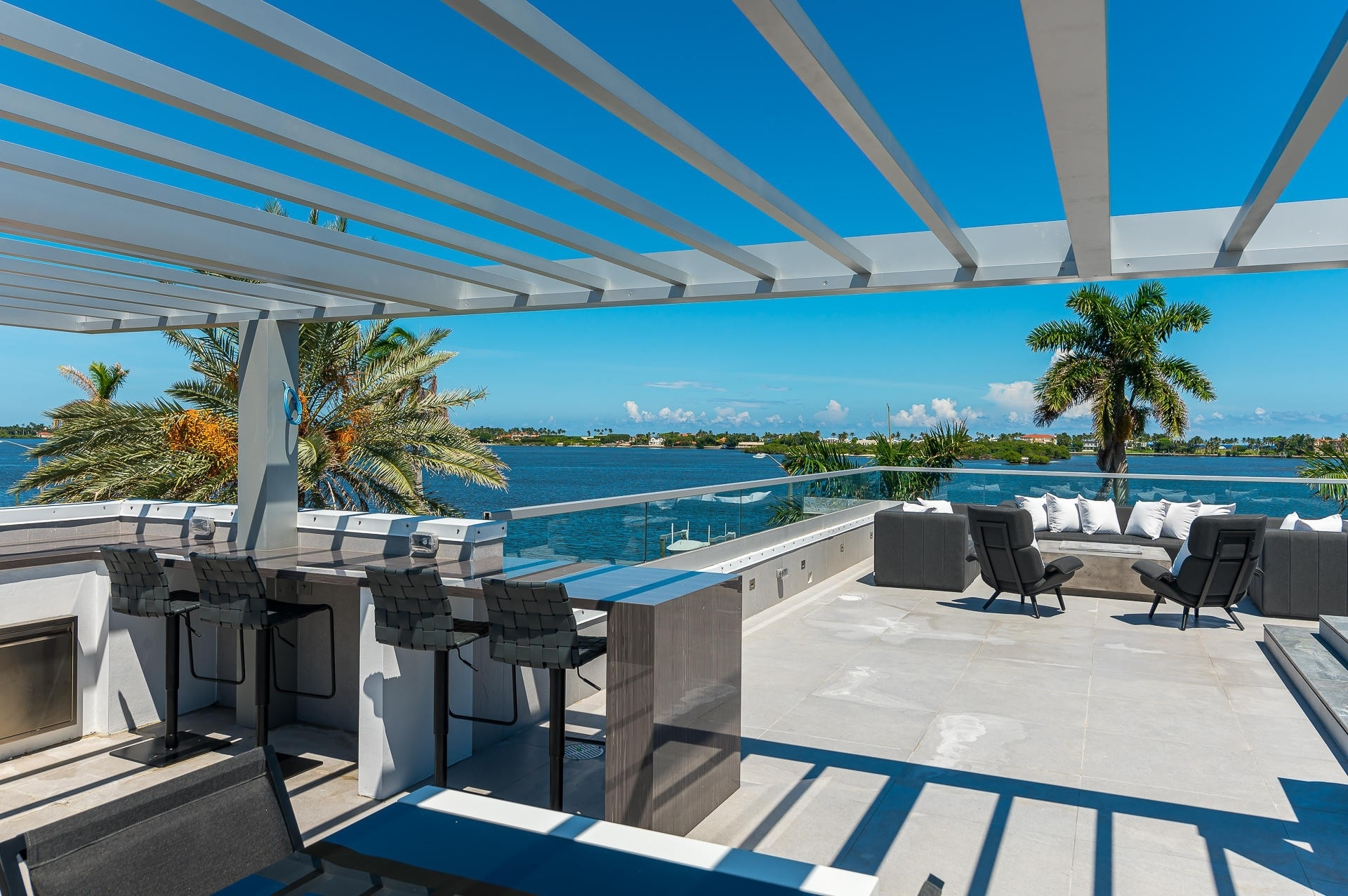 40. Single Family Homes for Sale at South End, West Palm Beach, FL 33405