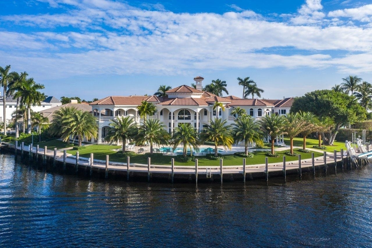 2. Single Family Homes for Sale at Royal Palm Yacht And Country Club, Boca Raton, FL 33432