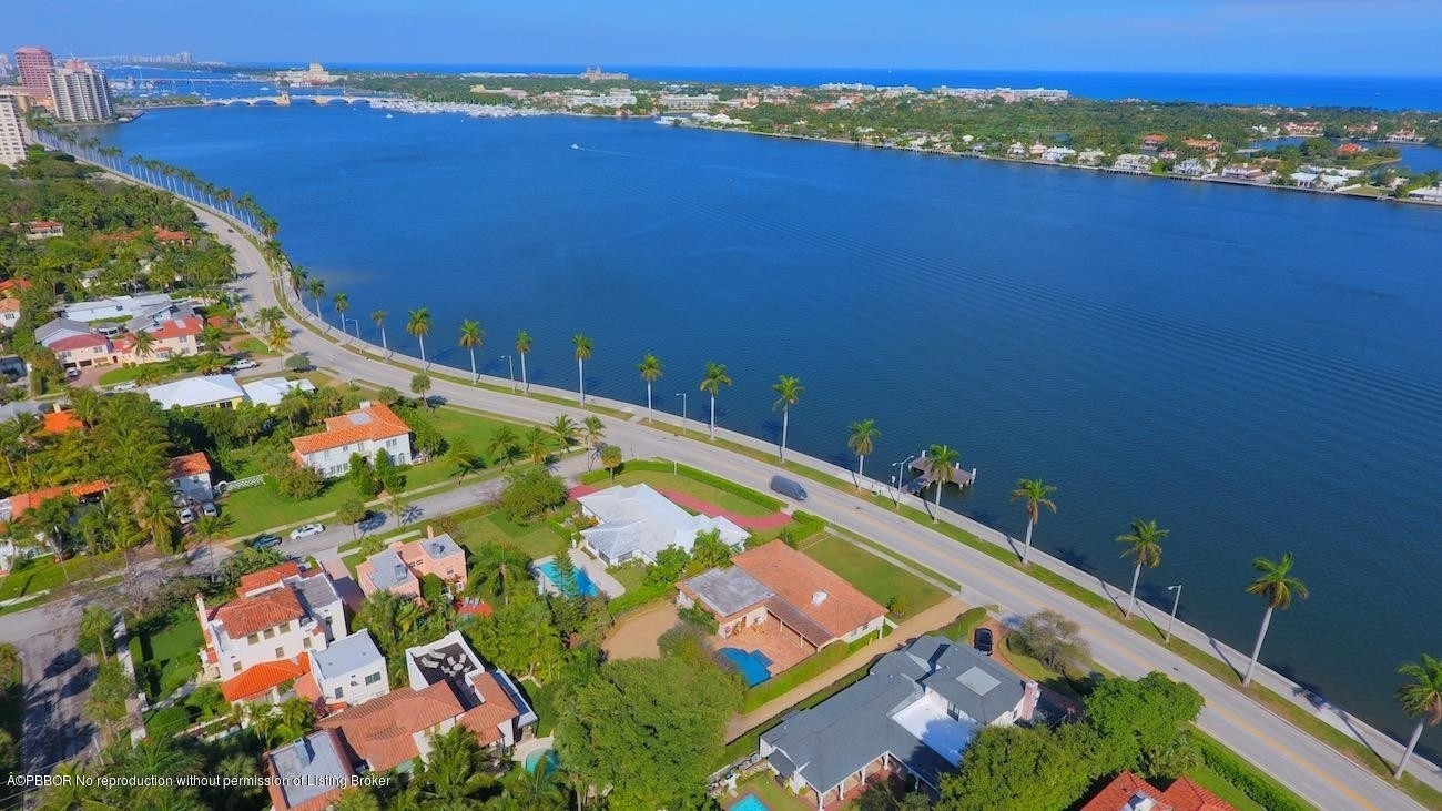 Single Family Home for Sale at El Cid, West Palm Beach, FL 33401