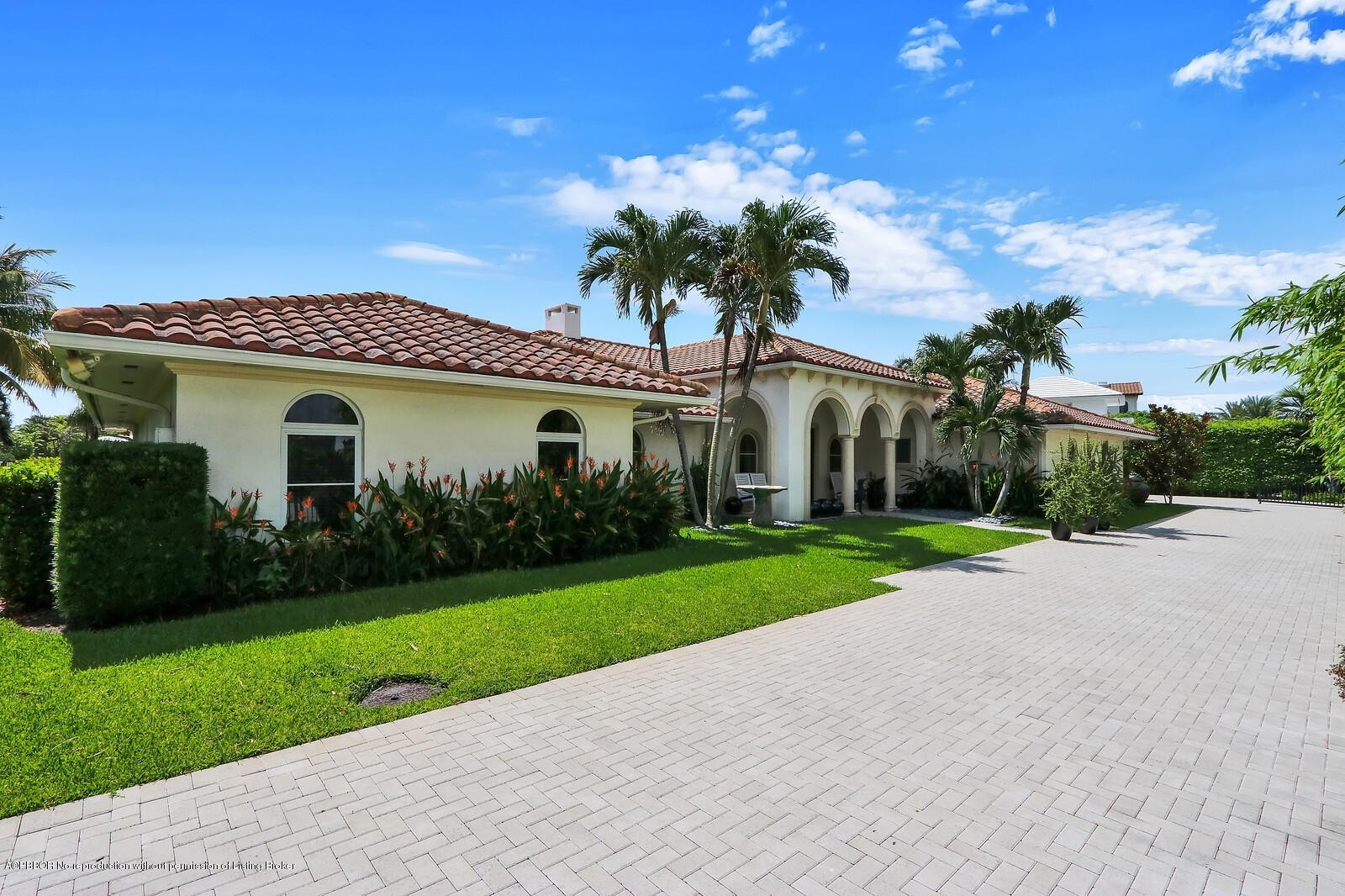 Single Family Home for Sale at Manalapan, FL 33462