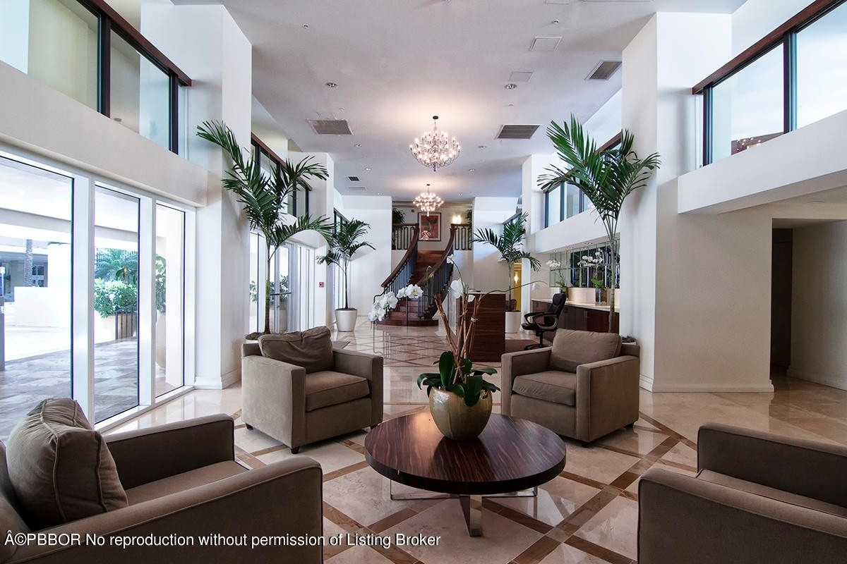 20. Condominiums для того Продажа на 1617 N Flagler Drive, 302 Bethesda Park, West Palm Beach, FL 33407