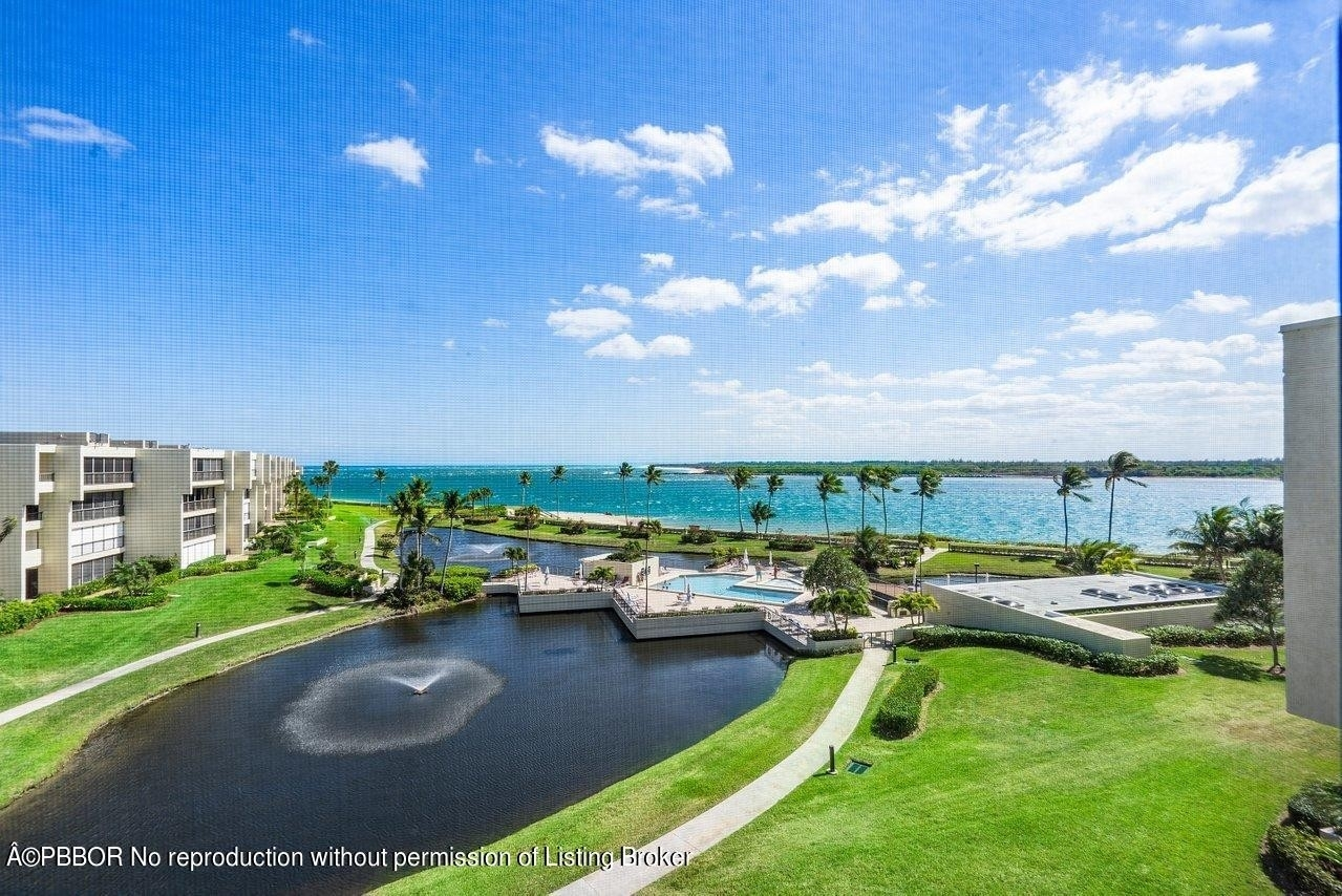 Condominium for Sale at 2802 SE Dune Drive, 1407 Sailfish Point, Stuart, FL 34996