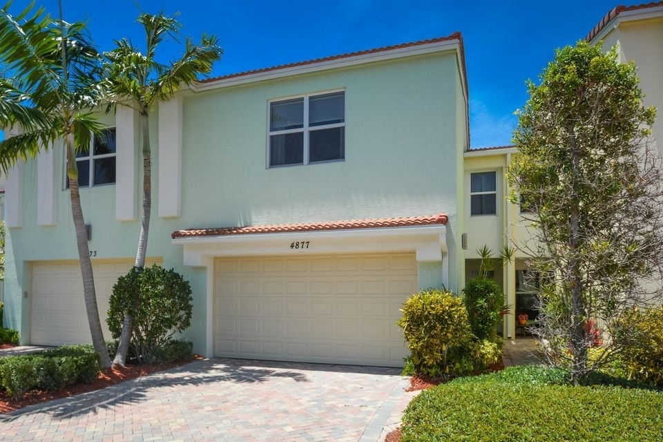 1. Single Family Townhouse at Boca Raton