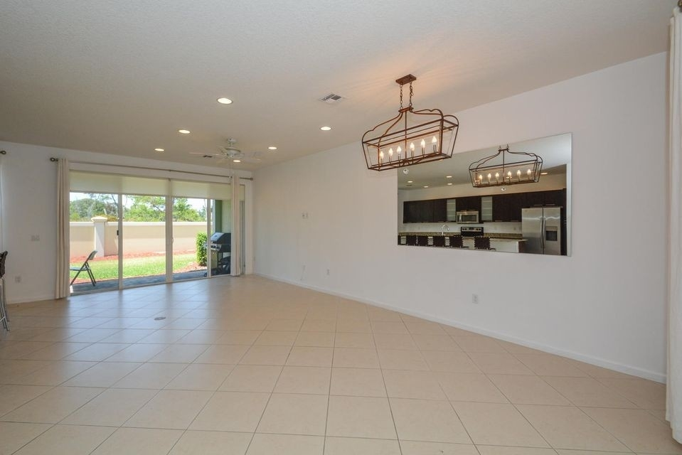 4. Single Family Townhouse at Boca Raton