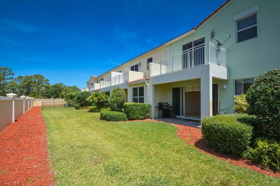 33. Single Family Townhouse at Boca Raton