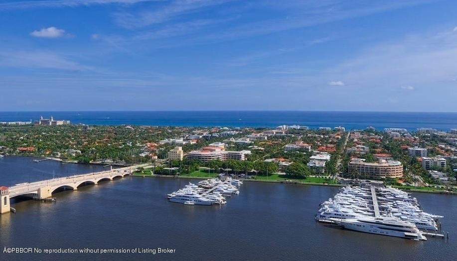 Property в 1100 S Flagler Drive, 18A West Palm Beach