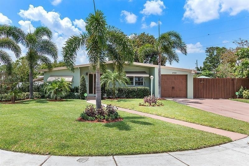 Single Family Home for Sale at Highlands, Pompano Beach, FL 33064