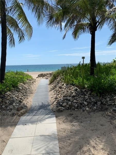 Condominium 為 特賣 在 Address Not Available Harbor Village, Pompano Beach, FL 33062