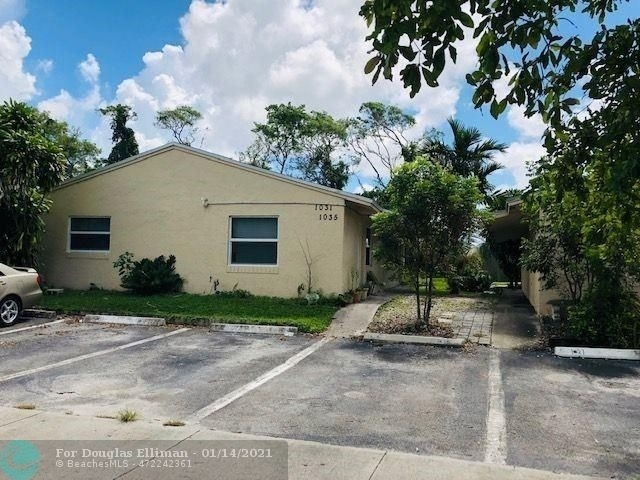 Multi Family Townhouse for Sale at Hollywood Beach Heights, Hollywood, FL 33024