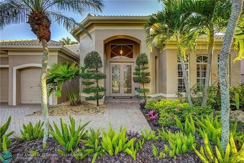 Single Family Home for Sale at Rolling Hills Golf and Tennis Club, Davie, FL 33328
