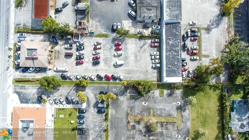 Commercial / Office for Sale at Gracewood, Hollywood, FL 33021