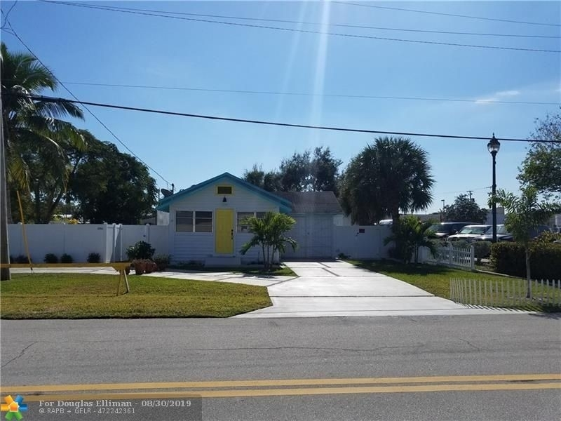 Single Family Home for Sale at South Corals, Oakland Park, FL 33334