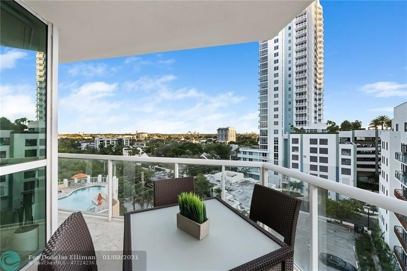 Condominium 為 特賣 在 111 SE 8th Ave , 806 Edgewater, Fort Lauderdale, FL 33301
