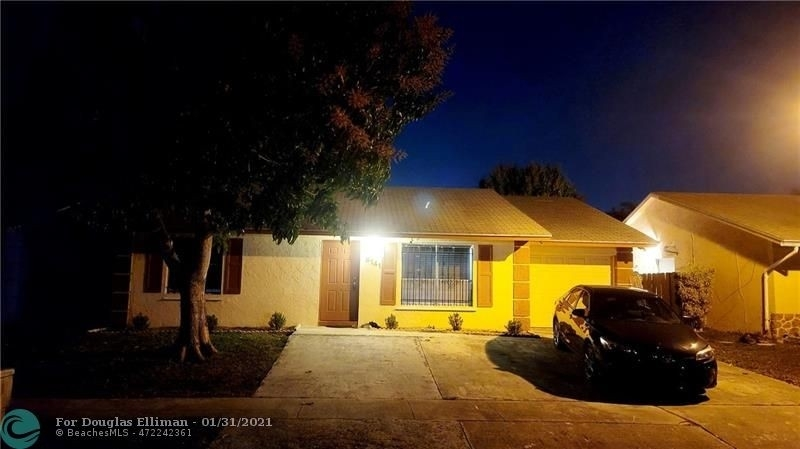 1. Single Family Homes для того Продажа на Lees Crossing, Lake Worth, FL 33463