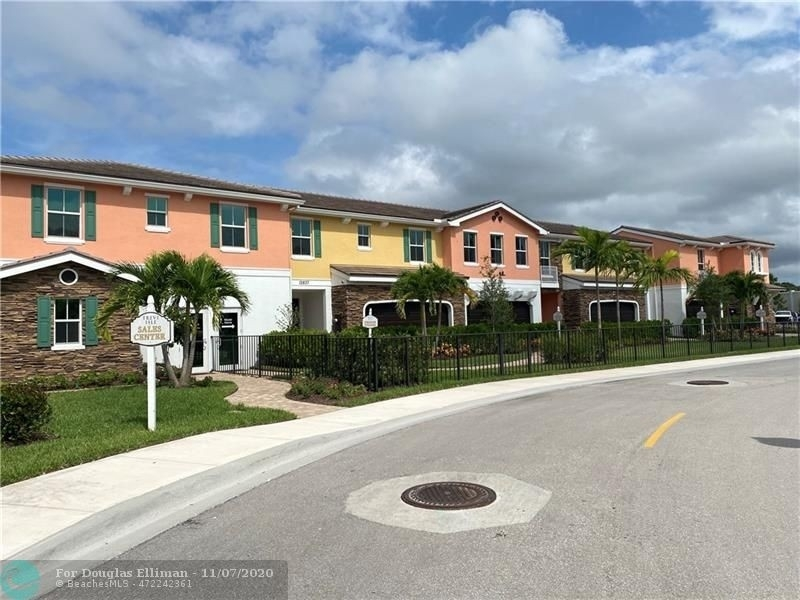 1. Single Family Townhouse for Sale at 12861 TREVI ISLE DRIVE , 19 Palm Beach Gardens, FL 33418