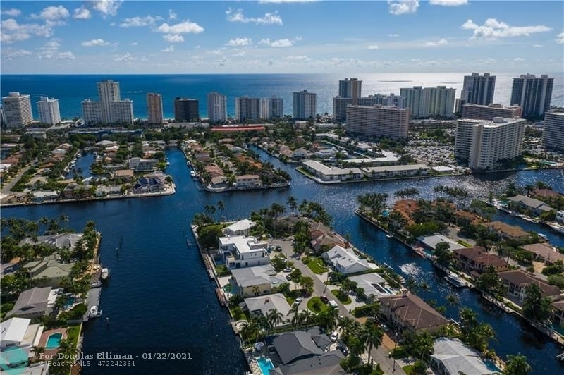 12. Single Family Homes for Sale at Coral Ridge Country Club Estates, Fort Lauderdale, FL 33308