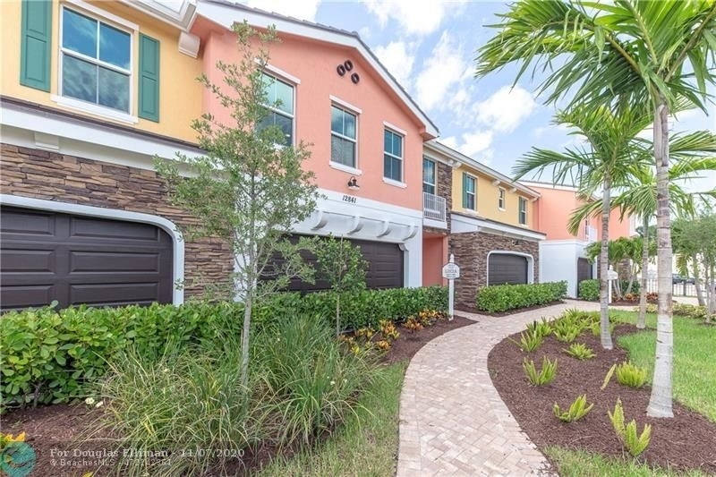 16. Single Family Townhouse for Sale at 12861 TREVI ISLE DRIVE , 19 Palm Beach Gardens, FL 33418