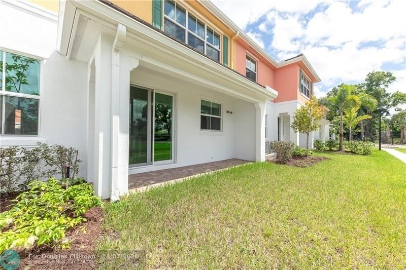 17. Single Family Townhouse for Sale at 12861 TREVI ISLE DRIVE , 19 Palm Beach Gardens, FL 33418