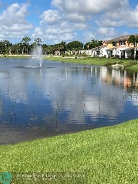 2. Single Family Townhouse for Sale at 12861 TREVI ISLE DRIVE , 19 Palm Beach Gardens, FL 33418