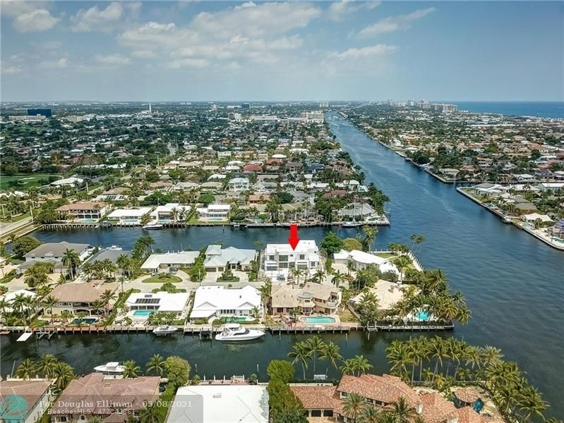 8. Single Family Homes for Sale at Coral Ridge Country Club Estates, Fort Lauderdale, FL 33308