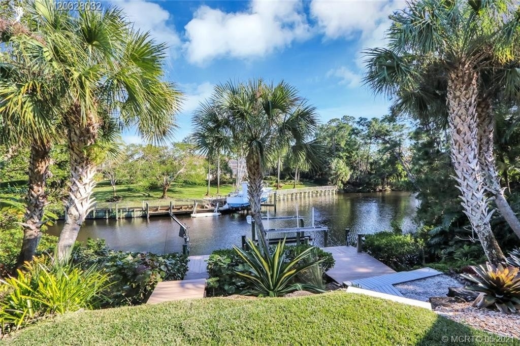 Single Family Home for Sale at Palm City, FL 34990