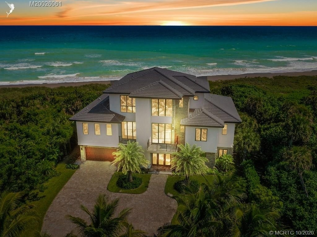 Property 在 Hutchinson Island South, Jensen Beach, FL 34957