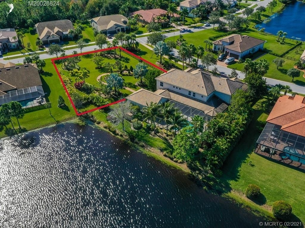 3. Single Family Homes for Sale at Palm City, FL 34990