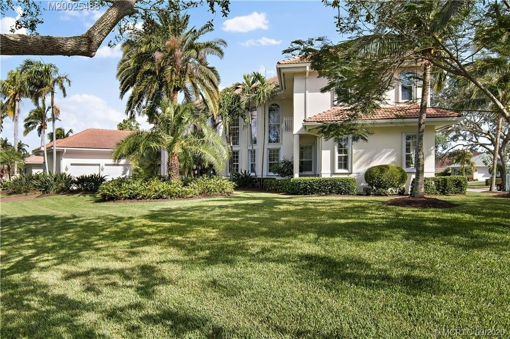 5. Single Family Homes for Sale at Palm City, FL 34990