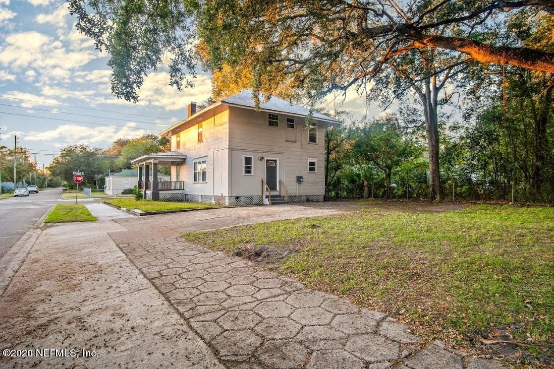 5. Single Family Homes por un Venta en Phoenix, Jacksonville, FL 32206