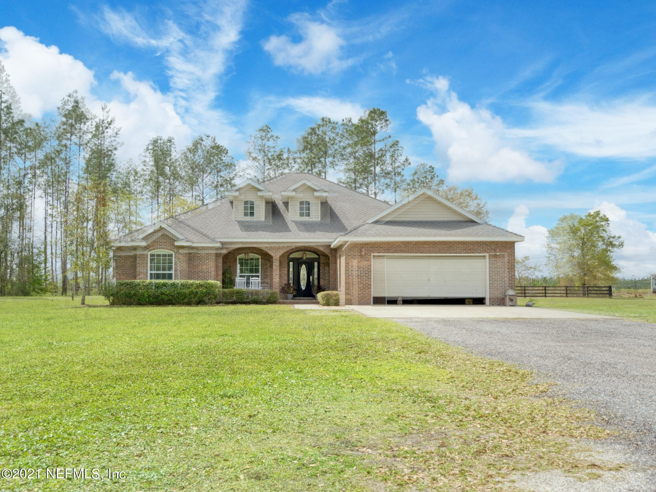 Single Family Home for Sale at Hilliard, FL 32046