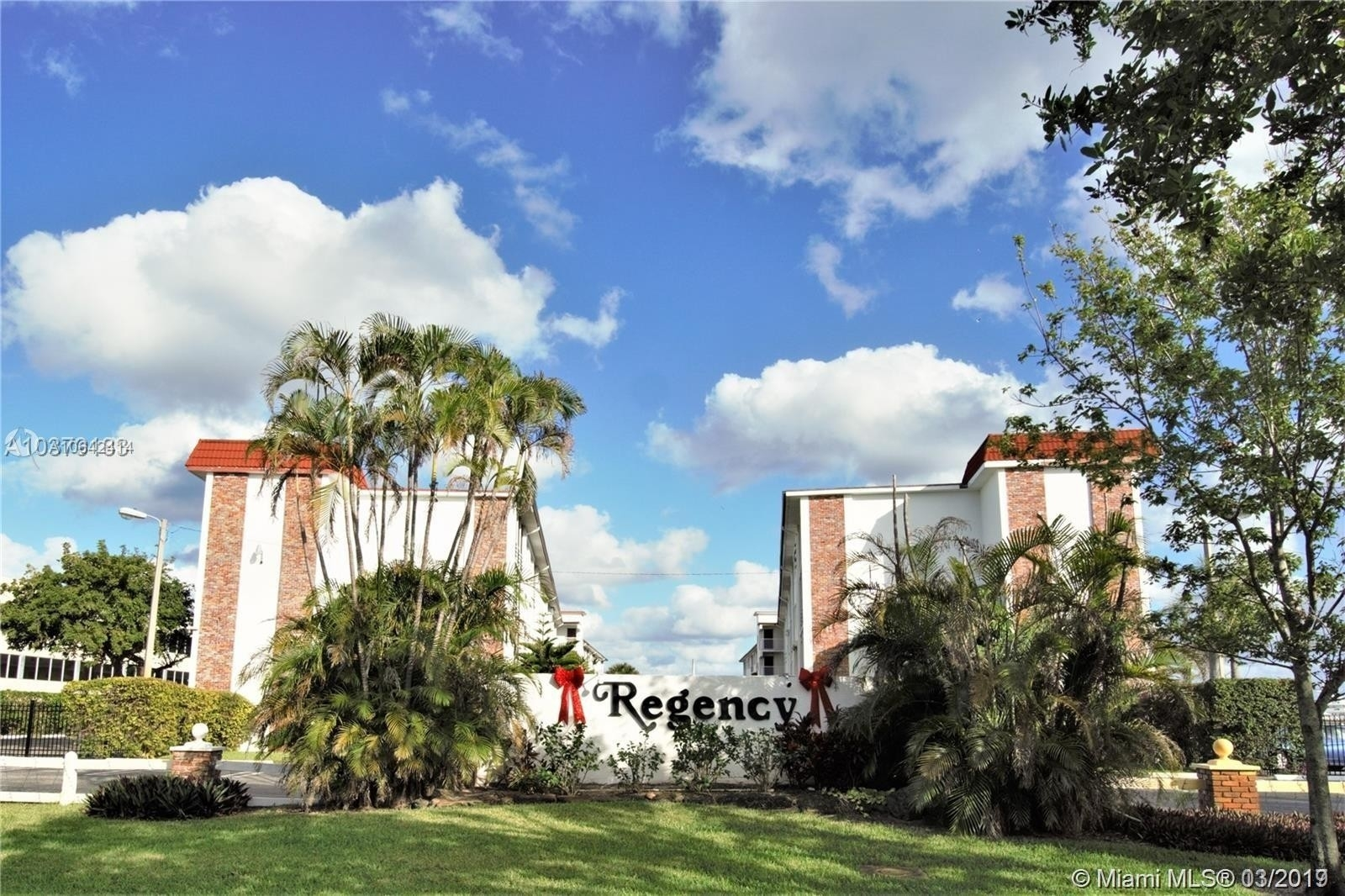 Condominium for Sale at 4500 N Flagler Dr , A8 Northwood Gardens, West Palm Beach, FL 33407