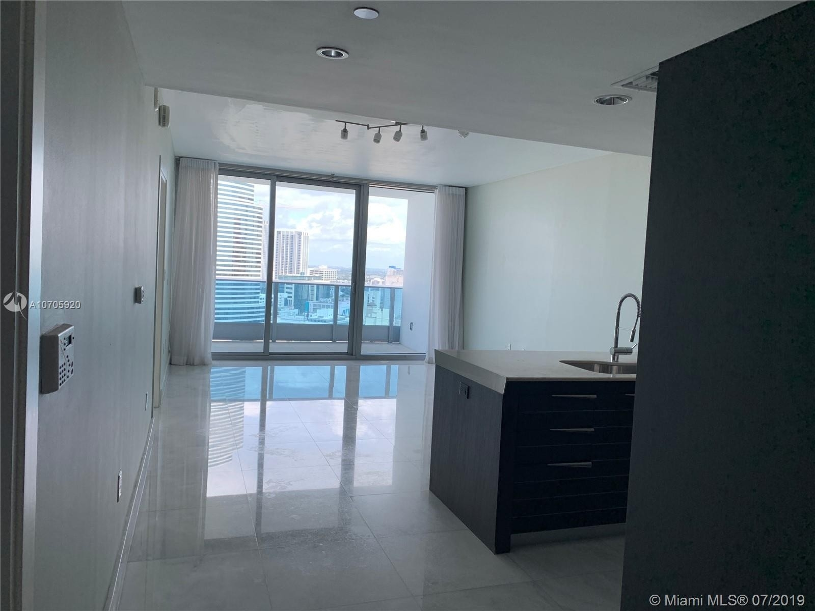 Condominium pour l Vente à 200 Biscayne blvd way , 3114 Miami Central Business District, Miami, FL 33131