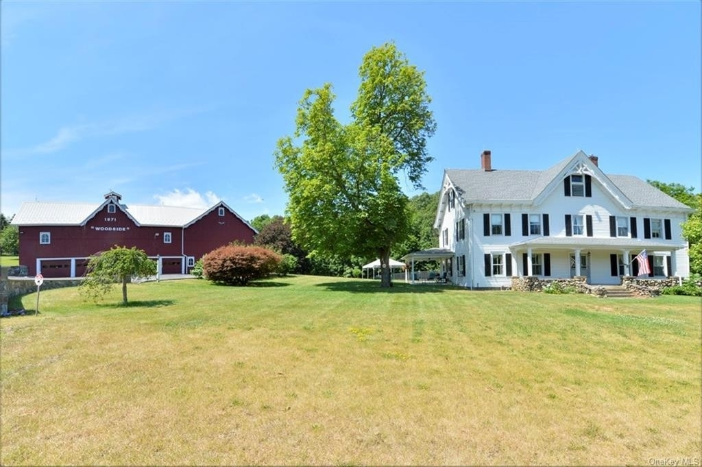 Single Family Home for Sale at Chester, NY 10918
